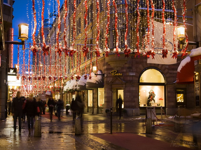 Картинки по запросу исторический центр братиславы новый год